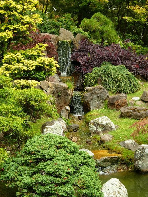 Idee kleine japanse tuinen : ... door weelderige begroeiing in een Japanse tuinu0026#39; - Teunu0026#39;s Tuinposters